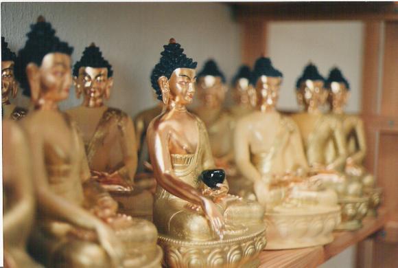 http://bost-album.cowblog.fr/images/1000bouddha.jpg