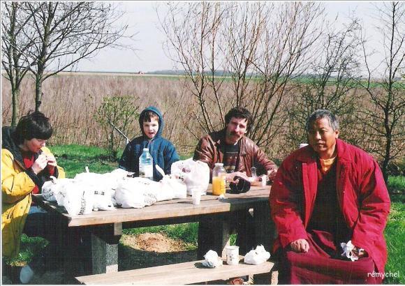 http://bost-album.cowblog.fr/images/decedeLamaPhourtsela/Composition1.jpg